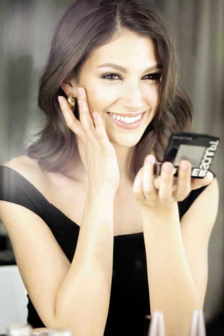 Ursula Corbero for Maybelline NY