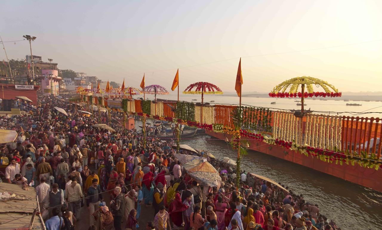 VARANASI (INDIA – NOV. 2012)